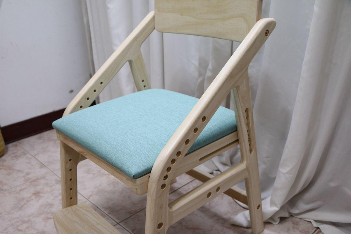 愛兒館學童椅ADATTO45