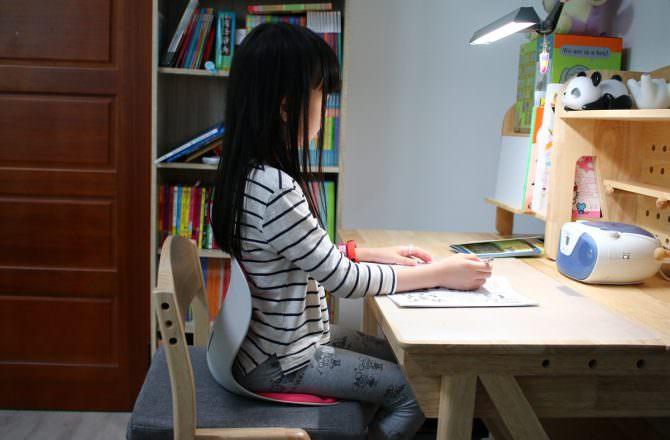 【團購】韓國Curble kids 3D 護脊美學椅 培養正確的坐姿從小就要開始了~