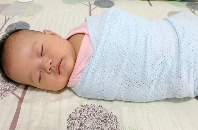 嬰兒包巾為何很重要 !? 新手媽媽們千萬別忽略Q.Q!!