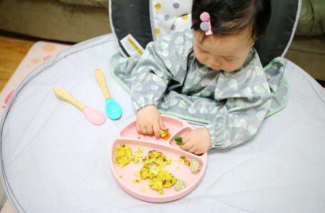 【團購】Tidy Tot 圍兜 / 防髒托盤二合一套組 讓孩子盡情探索學吃的好工具