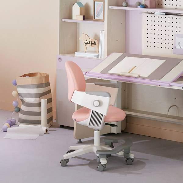iloom學習桌椅-兒童桌椅推薦