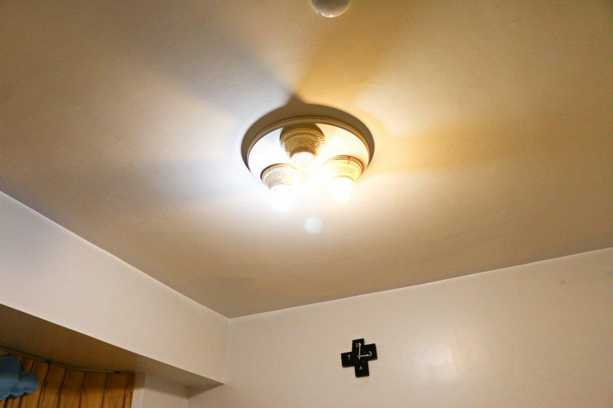 TOSHIBA LED吸頂燈 LEDTWTH48PS 可遙控、可調黃白光、耐用度高使用壽命長