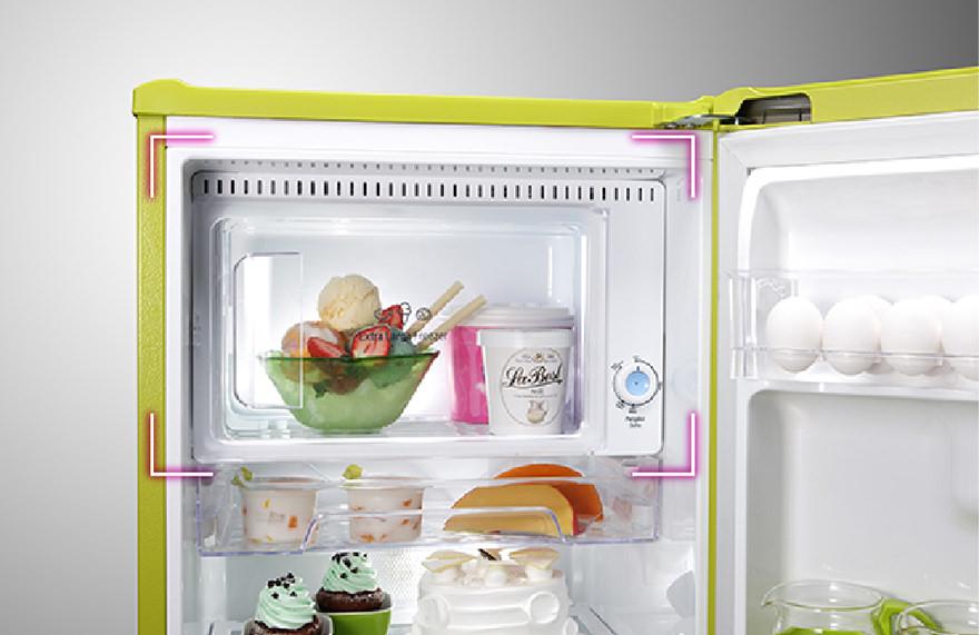 refrigerators_GN-Y200L_03_880x571