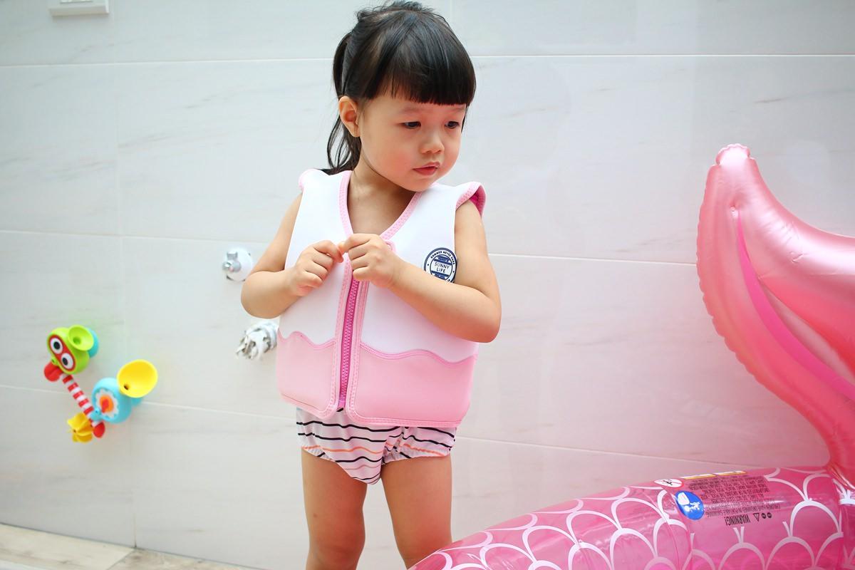 SUNNY LIFE泳圈戲水池09