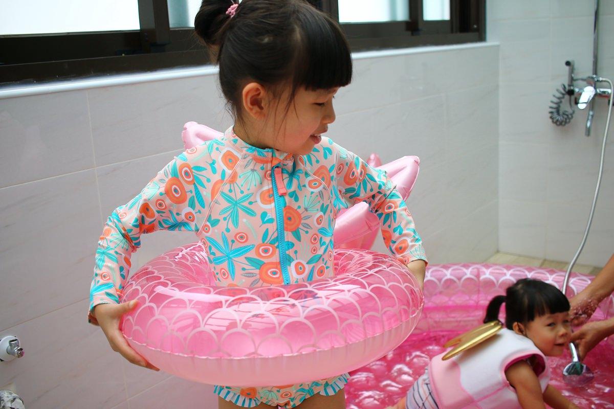 SUNNY LIFE泳圈戲水池12